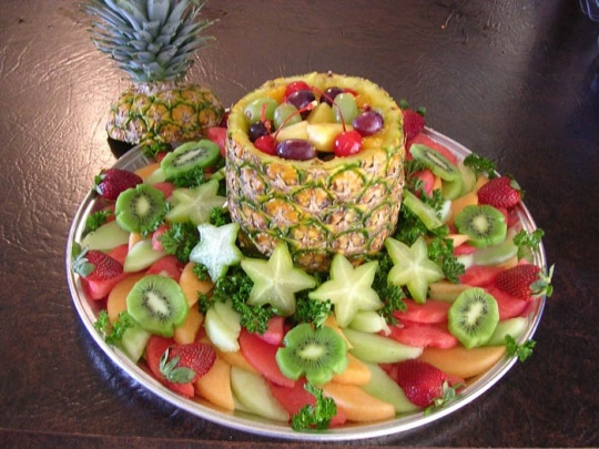 Idea for the fruit tray instead of chips!